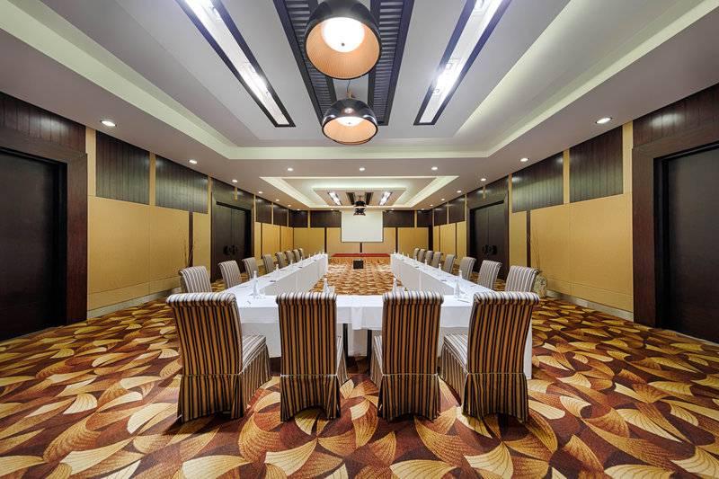 Hotel anantara mui resort vietnam 5 star luxury hotels for Luxury hotel search